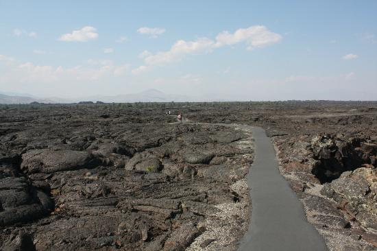 Craters of the Moon National Monument: sentiero per raggiungere le caverne