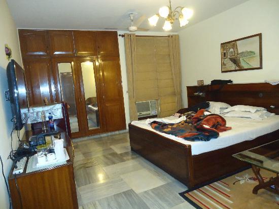 Anikas Nest Delhi : Nice Hall