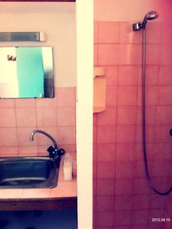 Les Pavillons du Belvedere : bagno grande 2