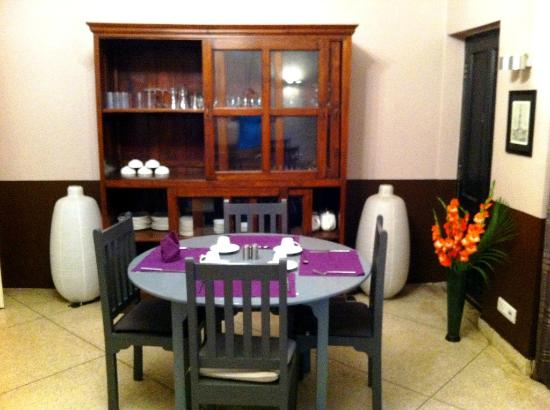 Amarya Villa: Corner of dining room
