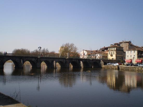 Ponte Romana de Trajano: Puente romano