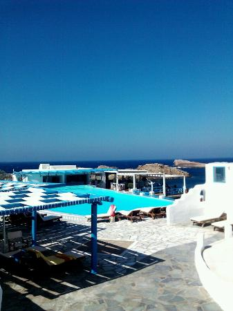 Mykonos Star: pool area