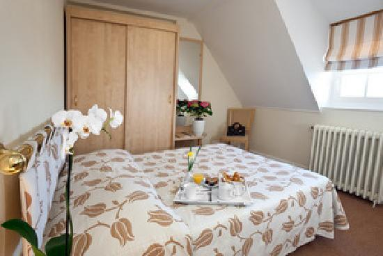 Hotel les Nations : Chambre double