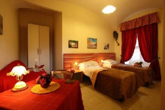 Bed Breakfast and Cappuccino - Kosher B&B Roma: Stanza matrimoniale/doppia con letti singoli