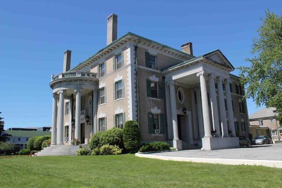 ‪The Governor Hill Mansion‬