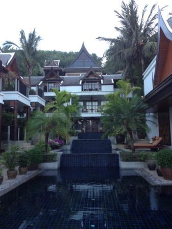 Baan Yin Dee Boutique Resort: pools