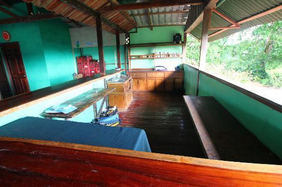 Pura Vista Corcovado Ecocamp: de bar?