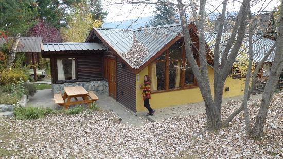 Cabanas Cerro Amigo: Vista de la cabaña desde el parque