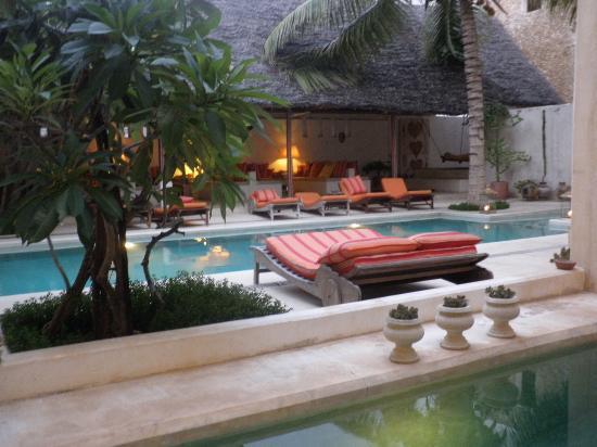 Lamu House Hotel: piscina del hotel