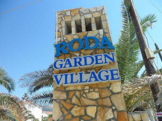Roda Garden Village: Entrance