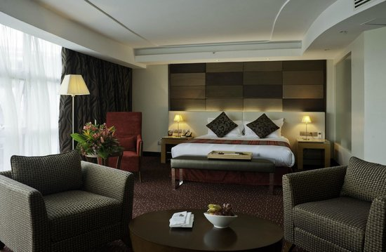 The Boma Nairobi : Business Suite