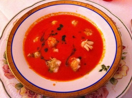 Ristorante Ambasciata: Zuppa di pomodoro con Seppioline