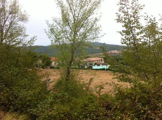 Villa Dini: vanop de weg