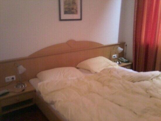 Noichl´s Hotel Garni: letto
