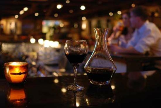 Sierra Bonita Grill: Our bar