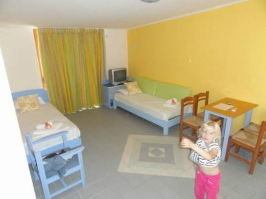 Canea Mare Hotel: Big room