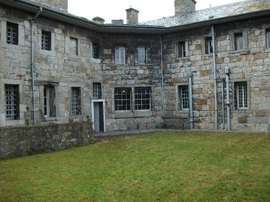 Beaumaris Gaol: Beamauris Gaol exercise yard