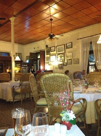 L'Encarnacion: Restaurant