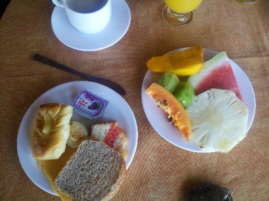 Pousada Vila do Sol: desay 
