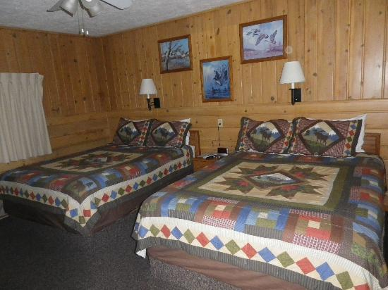 Alpine Motel: our bedroom