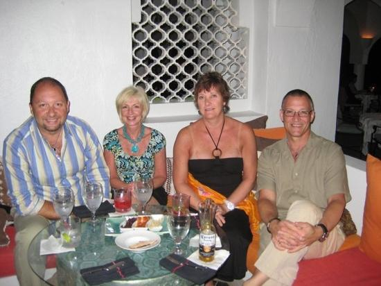 Pimms Restaurant: Great Friends and Good Times at Pimms in Cap Juluca