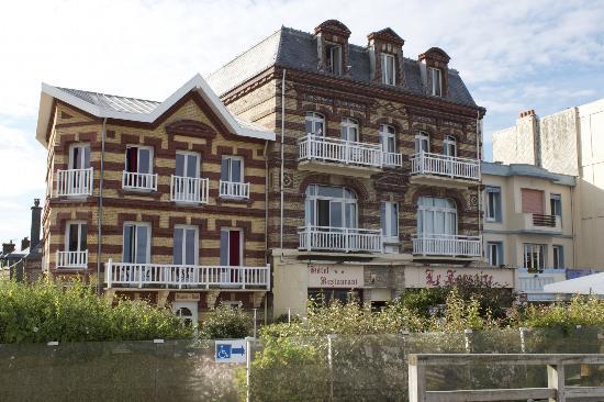 Hotel Restaurant le Corsaire : Hotel Le Corsaire