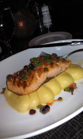 Via Luna: Broiled Salmon