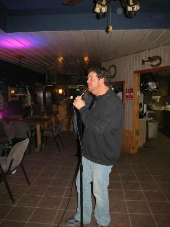 Crazyhorse Ranch & Lodge: The BEST karaoke system ever!!!!
