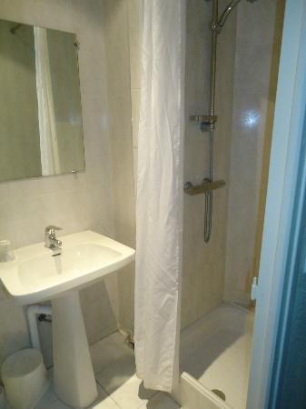 Hotel De La Comedie: Baño