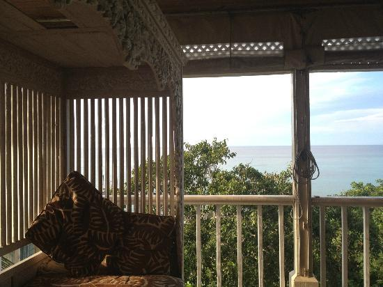 A Stone's Throw Away: Balcony in oceanview (#7)