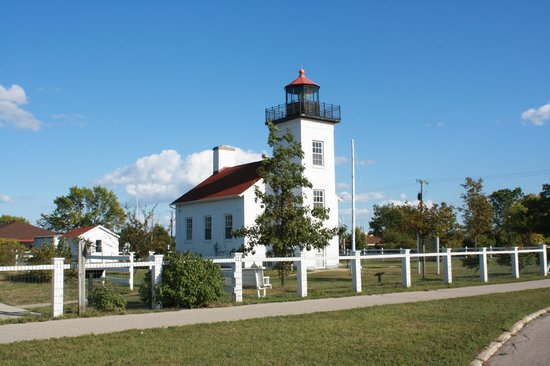 ‪Sand Point Lighthouse‬