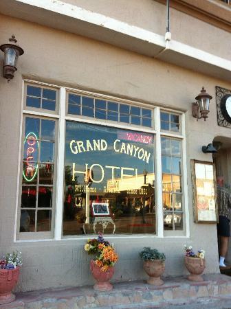 Grand Canyon Hotel: Esterno