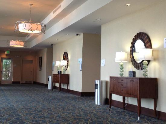 Holiday Inn Gulfport/Airport: Banquet room entrances