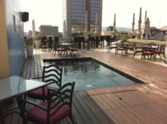 Hotel Casa Fuster: More of a plunge than a infinity pool!