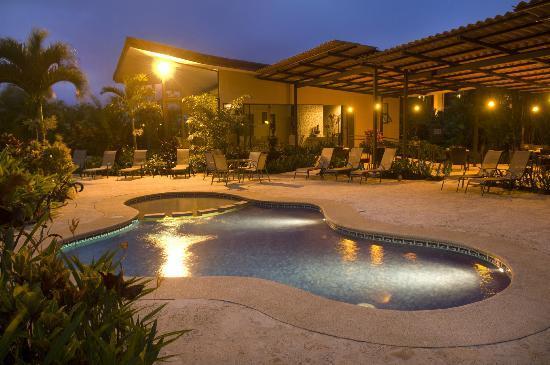 Arenal Kioro Suites & Spa: kids pool