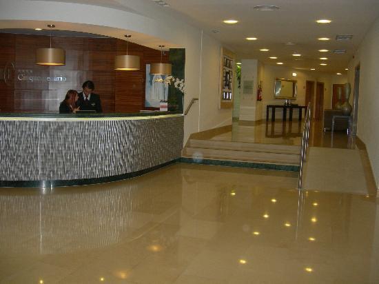 Cinquentenario Hotel: Hall