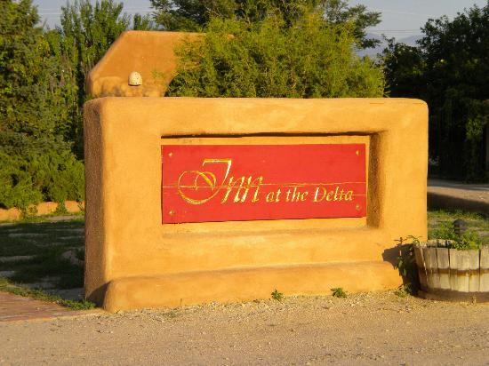 Inn at the Delta: Arrival