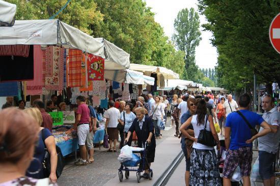 Camping Village Jolly : nochmal der markt
