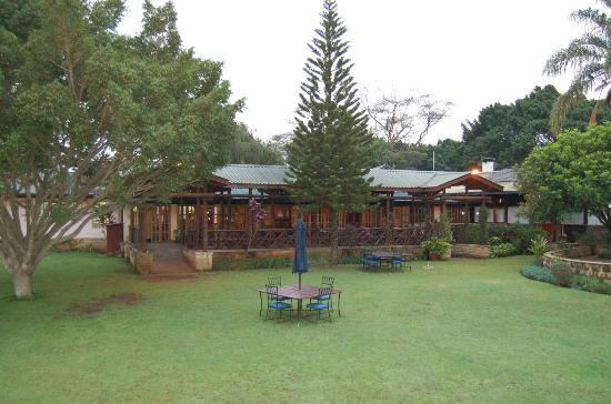 Aero Club of East Africa Restaurant: The club house with its restaurant deck and garden