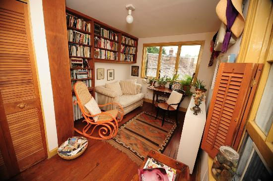 Celia's Place: Relax and Read a Book After a Long Day in the City