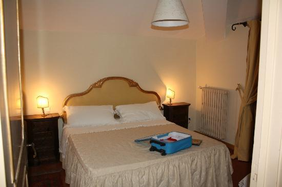 Elda Country House : second bedroom
