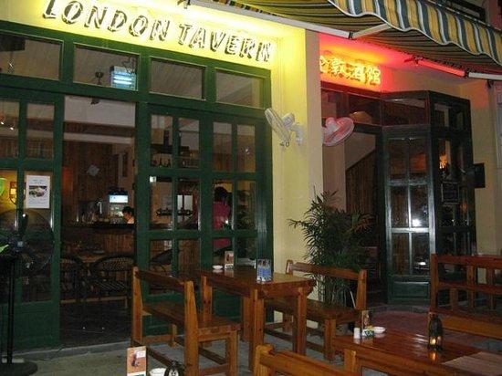 London Tavern Yangshuo