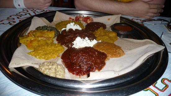 Bejte Ethiopian Restaurant: Mixed platter