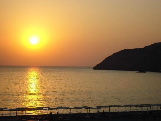 Sensimar Lindos Bay Resort & Spa: Sunrise!