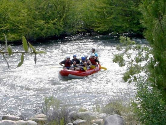 Sequoia Lodge: Kern River Rafting