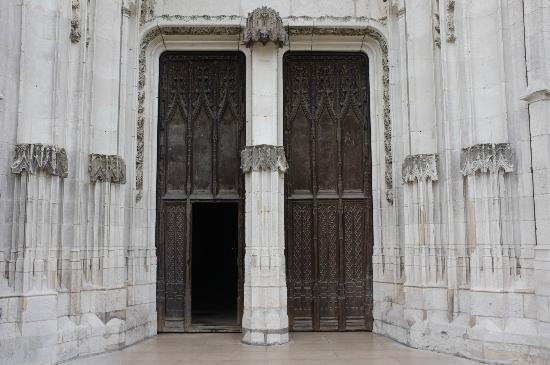 Cathedrale Notre Dame de Evreux: Eingang
