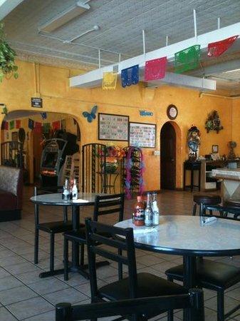El Tapatio DE Jalisco: As you walk in