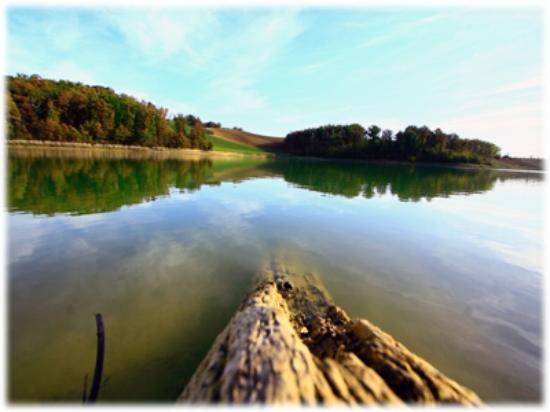 Gites de Baugnac: Ballade au lac de la Balerme