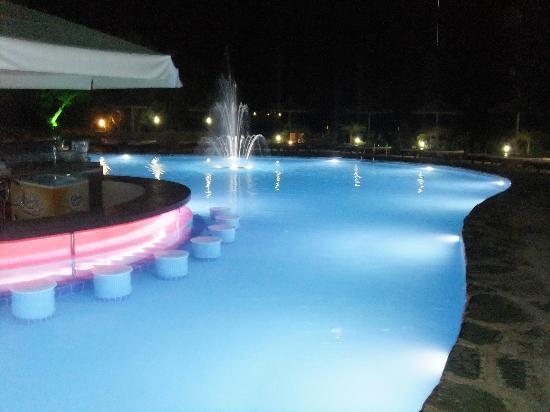 Lindos Gardens Resort Complex: Main pool and swim up bar