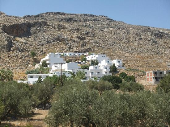 Lindos Gardens Resort Complex: Complex from the road
